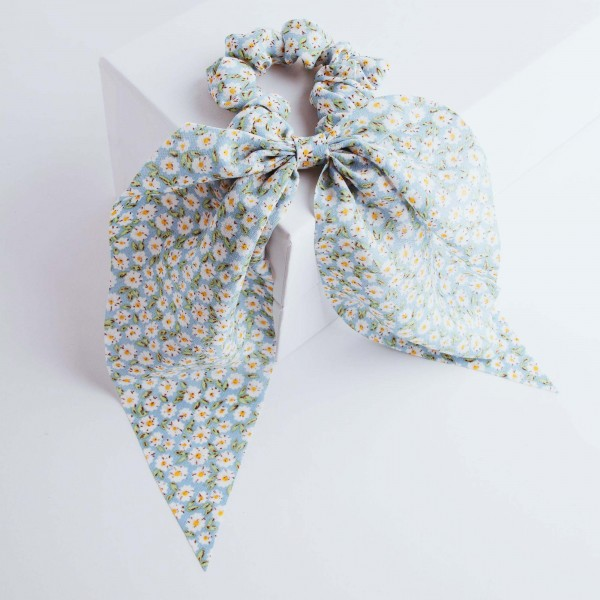 PARSA Beauty Scrunchie with daisy print and cloth detail